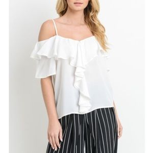 🆑LAST ONE🆑COLD SHOULDER RUFFLE TOP🆑